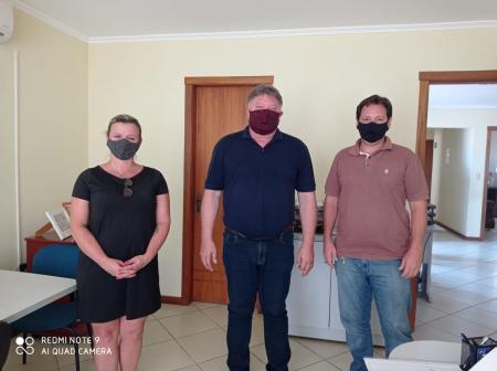Vereadores visitam Consórcio Intermunicipal de Saúde do Vale do Jacuí