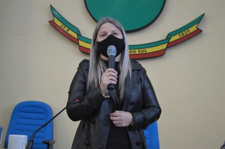 Vereadora Jussarete Vargas apresenta indicação para construção de uma pista de patinação