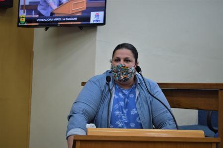 Vereadora apresenta Projeto de Lei instituindo o Dia Municipal do Orgulho LGBTQIA+